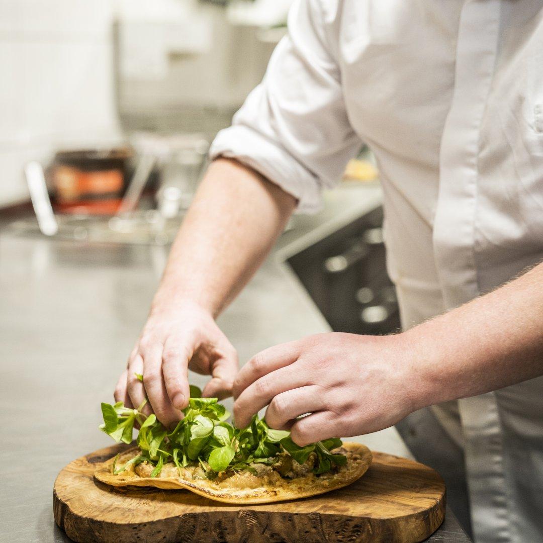Vacatures voor zelfstandig werkende kok en keukenhulp bij Brasserie Quinty's in De Koog op Texel